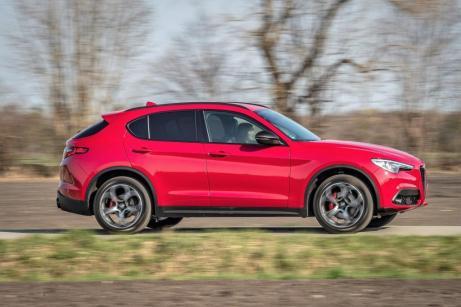 Beim Stelvio gibt es die neuen Versionen Lusso und B-Tech. © Alfa Romeo