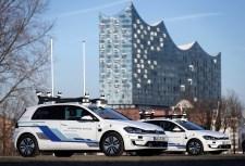 Volkswagen testet eine e-Golf-Flotte für vollautomatisiertes Fahren in Hamburg. Foto: Auto-Medienportal.Net/Volkswagen