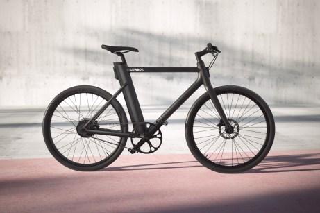 Smart und cool: Das Cowboy-Bike wird nur mit mattschwarzer Lackierung angeboten. © Cowboy