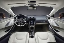 Von schlichter Eleganz: Der Innenraum des Grand Tourers bietet von Leder über Klavierlack bis hin zu Kaschmir alles, was edel und fein ist. © McLaren