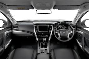 Das Cockpit des Pajero Sport. © Mitsubishi