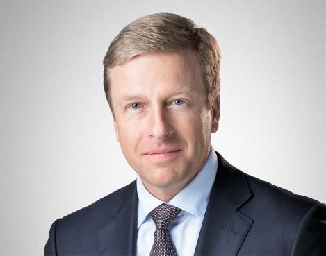 Zipse begann seine berufliche Laufbahn im Unternehmen 1991 als Trainee und war seitdem in verschiedenen leitenden Funktionen tätig, unter anderem als Leiter des Werks Oxford sowie Leiter Konzernplanung und Produktstrategie. © BMW