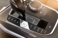 """Schaltzentrale: Mit der """"Electric""""-Taste wird der Antrieb auf rein elektrischen Vortrieb fixiert. © BMW"""