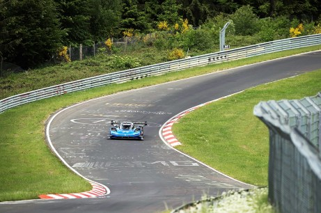 """Effizienzrekord: In nur 6:05,336 Minuten und mit nur 24,7 kWh durch die """"Grüne Hölle"""" © Volkswagen"""
