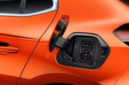 Opel Corsa-e - der kleine Unterschied. © Opel