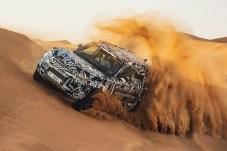 Erstmals ungetarnt wird der neue Defender in Frankfurt auftauchen. © Jaguar Land Rover