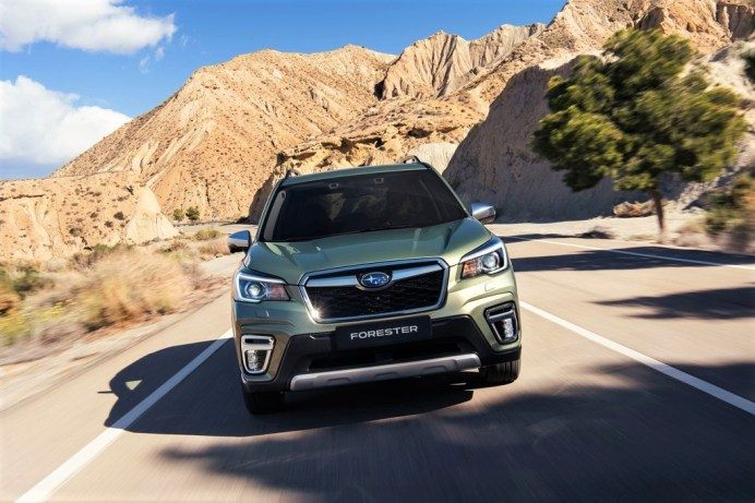 Der SUV-Pionier Forester unterscheidet sich optisch deutlich vom aktuell noch verkauften Vorgänger. Der neue Forester startet zu Preisen ab 34.990 Euro. © Subaru