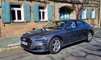 Der Audi A8 ist eine wahrlich repräsentative Limousine. Ein Liebling der Vorstands-Etagen. Eine Staatskarosse. © Ulrich Frank