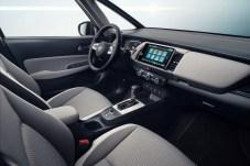 Aufgeräumt, luftig, leicht - und vor allem wertig: So sieht das an den Honda e angelehnte Cockpit des Jazz aus. © Honda