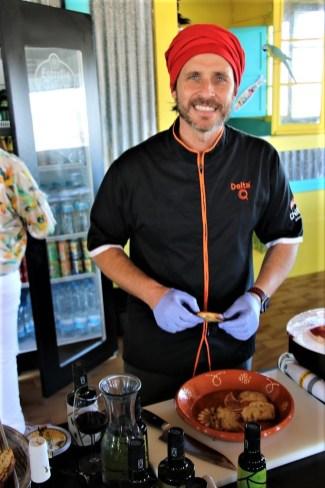 Starkoch Chakall verwöhnt in acht eigenen Restaurants in Portugal mit heimischen Spezialitäten. © Kurt Sohnemann