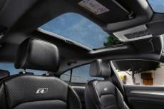 """Die von der """"Aktion Gesunder Rücken"""" (AGR) zertifizierten Sitze (in Leder 1240 Euro) sind sportlich, mit sehr gutem Seitenhalt dank dicker Seitenwangen und sie besitzen eine Massagefunktion. © VW"""