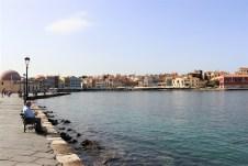 Der venezianische Hafen von Chania ist mit zahlreichen Restaurants gesäumt. © Kurt Sohnemann