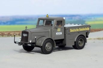 Kaelble DB Zugmaschine K 631 ZR 52 von Weinert Modellbau (1:87). Foto: Auto-Medienportal.Net/Delius-Klasing-Verlag