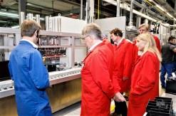 Weitgehend vollautomatisch und abgeschlossen erfolgt die Produktion der Banner Batterien.