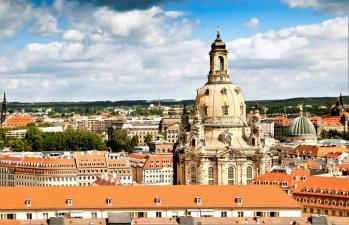 Neu im TUI Portfolio sind 1.500 Aktivitäten und Ausflüge in Deutschland, so auch ein historischer Rundgang durch Dresden. © TUI