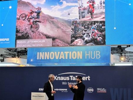 Neuer Knaus-Markenbotschafter ist Enduro-Weltmeister Manuel Lettenbichler.