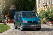 Der neue T4 ist der erste Bulli mit Frontantrieb und wird von 1990 bis 2003 in Deutschland produziert. © Volkswagen