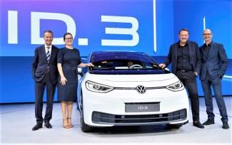 Herbert Diess, Silke Bagschik, Jochen Sengpiehl,Klaus Bischoff. Foto: Auto-Medienportal.Net/Volkswagen