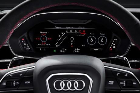 Drehzahlfest: Wenn der Motor seine Betriebstemperatur erreicht hat, ist erst bei 7.000 Touren Schluss, nach dem Kaltstart regelt der Begrenzer bei 4.800 ab. © Audi
