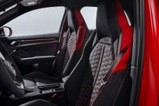 Farbenlehre: Die Seitenhalt bietenden Sportsitze und das Innenraumdesign-Paket in Rot kosten einen kräftigen Aufpreis. © Audi
