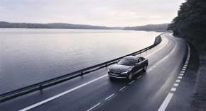 """Die Zukunft wird's zeigen, ob Volvo mit seiner """"180""""-Strategie richtig fährt. Was die Sicherheit betrifft, eindeutig """"ja"""". Was den Absatz von Fahrzeugen betrifft, ist die Zukunft ungewiss. Die Schweden haben einkalkuliert, das potenzielle Kunden verlorengehen.© Volvo"""