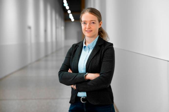 Expertin: Silvia Gramlich kümmert sich bei Audi um Ladedauer und -effizienz der e-tron-Modelle. © Audi