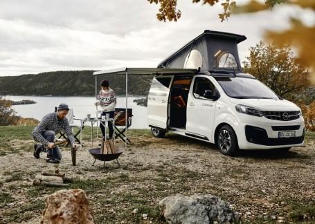 Crosscamp, die jüngste Marke der Erwin Hymer Group bietet den Crosscamp Life über ausgewählte Opel-Händler und Reisemobil-Händler der Erwin Hymer Group zum Startpreis von 41.999 Euro (inkl. MwSt.) an. © Opel
