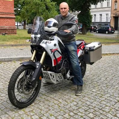mid-Autor Rainer Unruh im Praxistest mit der Yamaha Tenere 700. © Johannes Unruh / mid