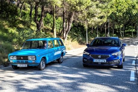 50 Jahre liegen dazwischen: Seat 1430 Kombi und Leon ST. Foto: Auto-Medienportal.Net/Seat