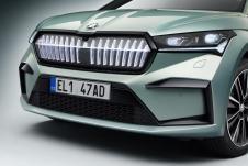 Die Fahrzeuge der FOUNDERS EDITION verfügen serienmäßig über das Crystal Face sowie eine sportlich gestaltete Front- und Heckschürze. © ŠKODA