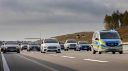 Hoch automatisiertes Fahren auf Stufe 3 bietet Daimler in der S-Klasse ab Mitte 2021 an. Bis Tempo 60 auf geeigneten Autobahnabschnitten. © Daimler
