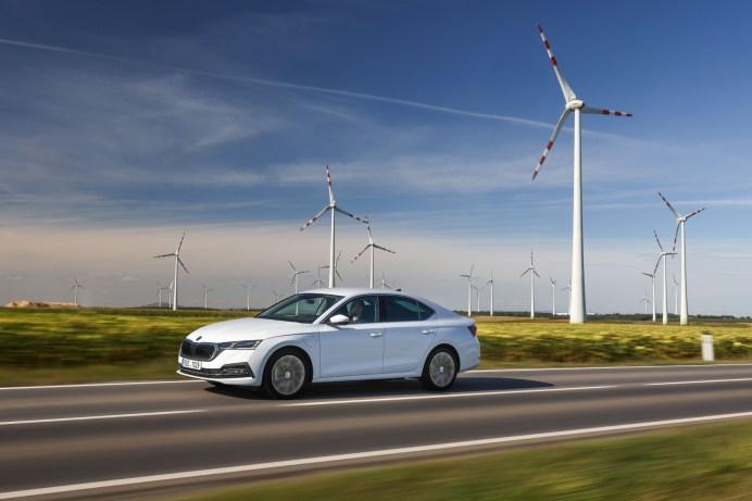 Im Octavia iV 1,4 TSI bündeln ein 150 PS starker Turbo-Benzindirekteinspritzer und ein Elektromotor ihre Power zu einer Systemleistung von 204 PS. © Skoda