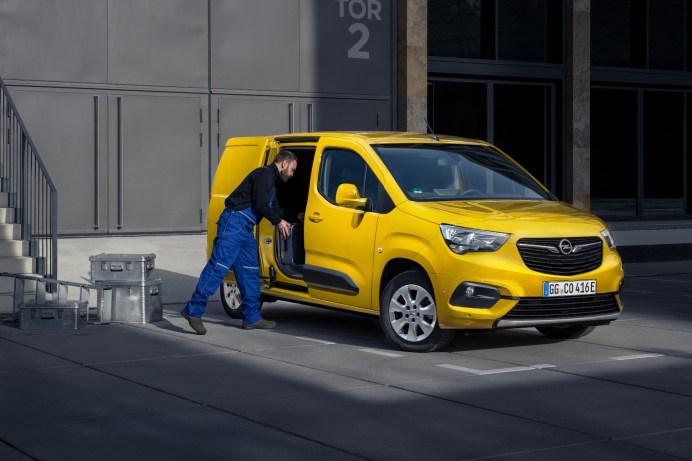 Packesel: Bis zu 800 Kilogramm Ladegut kann das elektrische Nutzfahrzeug transportieren. © Opel
