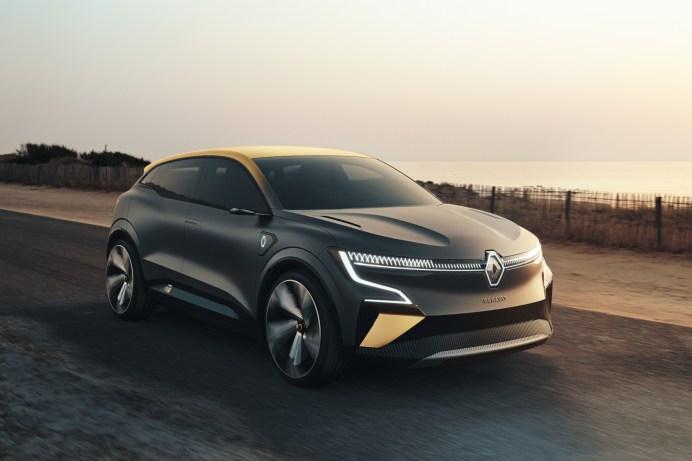 Goldige Studie: Der Renault Megane eVision soll zu 90 Prozent dem Serienmodell entsprechen © Renault