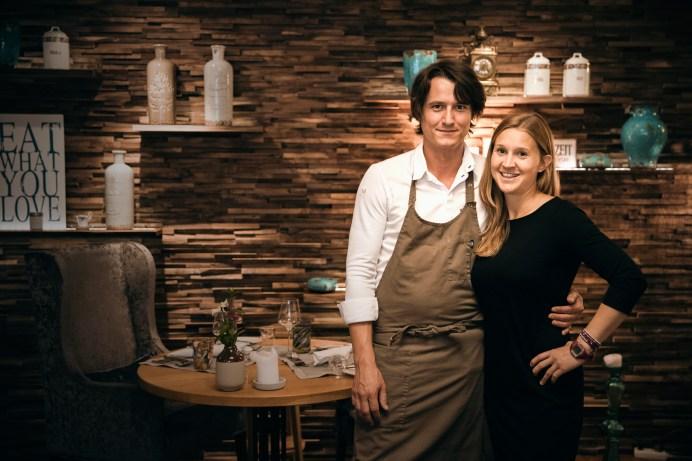 Gastgeberin Eva-Maria Pürmayer und Zwei-Hauben-Koch Thomas Hofer. Foto: Manuel Seeger