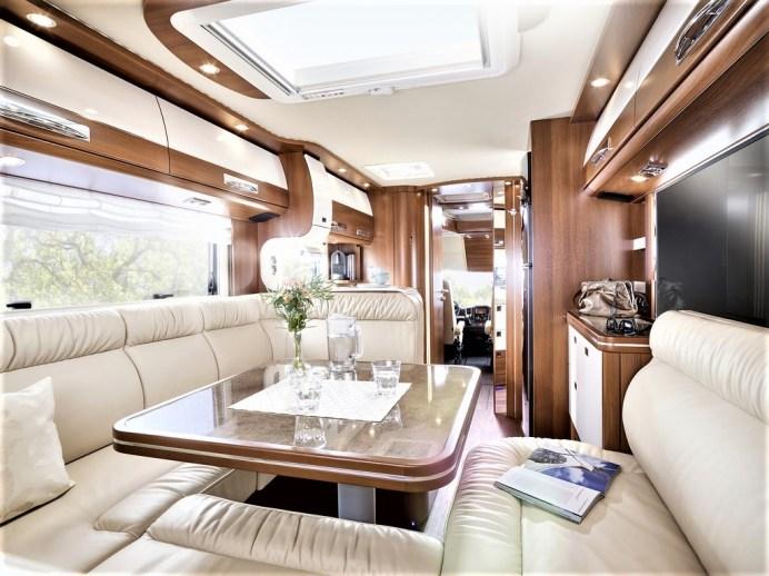 Carthago heimst den Preis für zielgruppengerechte Konstruktion mit dem Liner-for-2 ein, der als integriertes Reisemobil viel Wohnraum, Staumöglichkeiten und einen perfekten Grundriss für ein Camper-Paar bietet. Foto: Auto-Medienportal.Net/Carthago