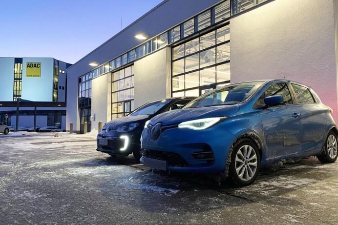 Der ADAC hat in einem Test zwei Elektroautos über Nacht bei Minusgraden mit eingeschalteten Verbrauchern stehen lassen, um ein unfreiwilligen Aufenthalt im Winter im Stau zu simulieren. Foto: Auto-Medienportal.Net/ADAC