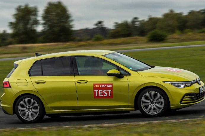 Obwohl es den Null-Fehler-Pneu in diesem Test noch nicht gibt, so liegen doch alle Reifen in der Bewertung auf hohem Niveau eng beieinander. © GTÜ Gesellschaft für Technische Überwachung mbH
