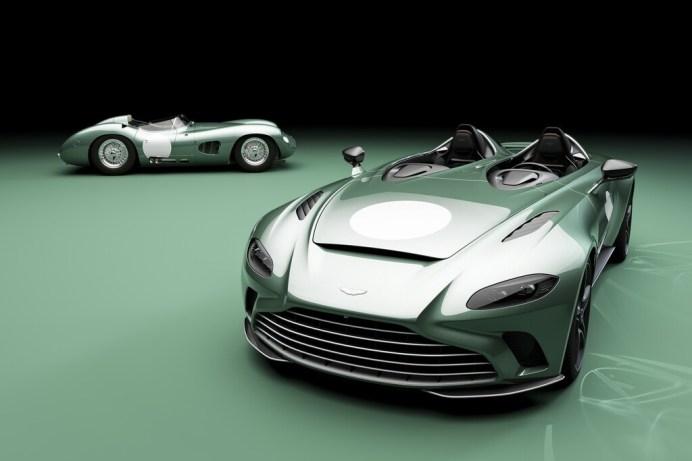 """Aston Martin V12 Speedster """"DBR 1"""" mit dem Original von 1956. Foto: Auto-Medienportal.Net/Aston Martin"""