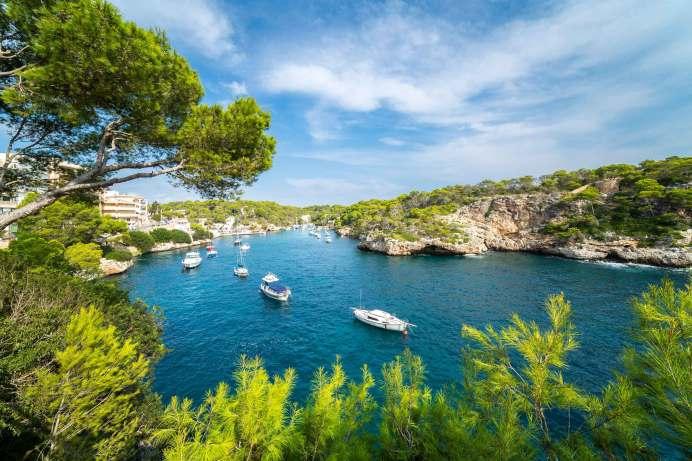 TUI sieht großen Nachholeffekt für Reisen. Die Aufholjagd für den Sommerurlaub auf Mallorca ist gestartet. © TUI