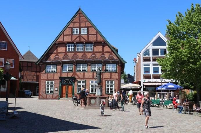Der Ortskern von Lütjenburg ist weitgehend von Fachwerkbauten bestimmt. © Kurt Sohnemann