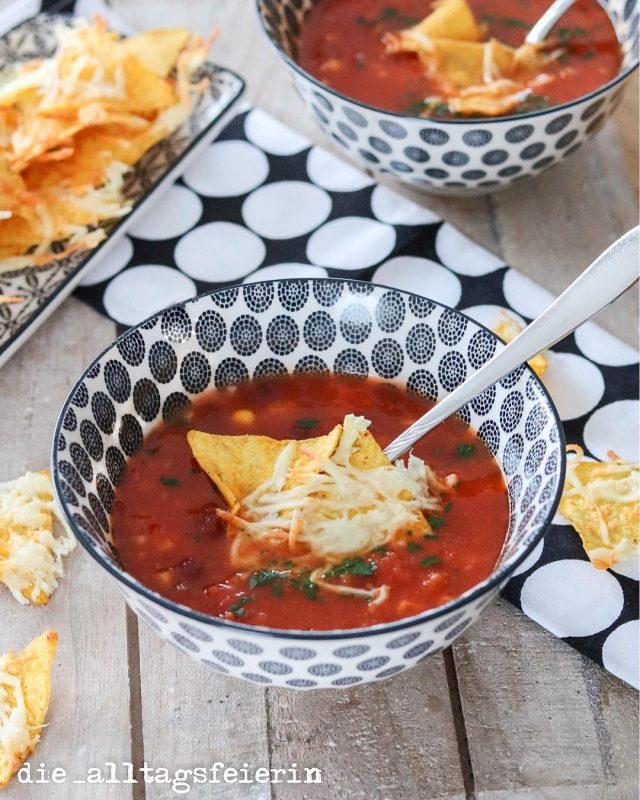 Tex-Mex-Suppe, Tortilla-Chips, vegetarisch, Suppe, Suppendienstag, Speiseplan, Essensplanung, Essensplan, Familienküche