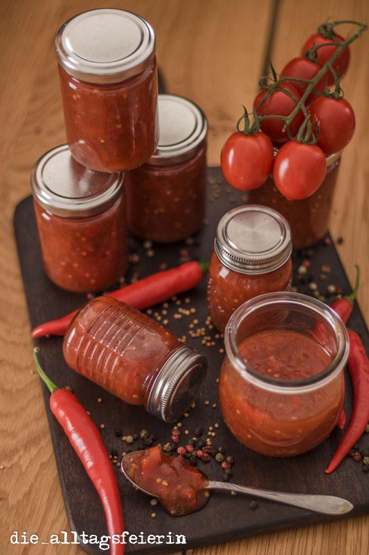 {BLOGEVENT/REZEPT} Kulinarisch auf Vorrat * Tomaten-Paprika-Salsa *