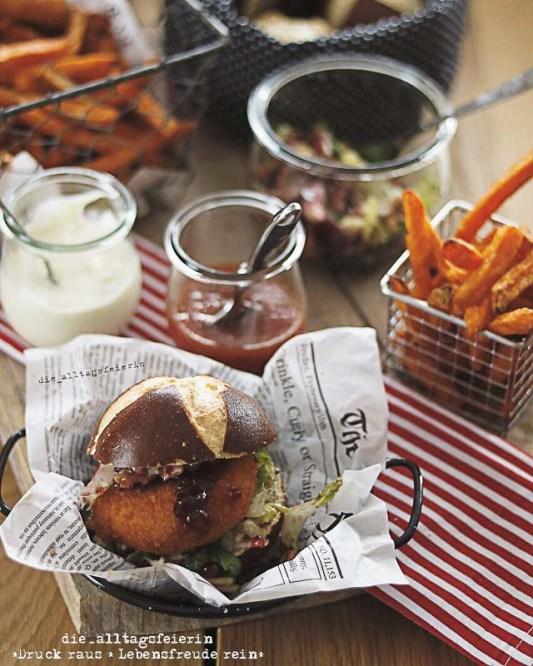 Hütternburger, Süßkartoffelpommes, Fingerfood, Laugenbroetchen, gebackener Camembert, Speiseplan, Wochenplan, Freebie, Essensplanung, Familienküche, Wochenplan, Speiseplan, Essensplan, Essensplanung, Freebie Wochenplan, Freebie Speiseplan, Freebie
