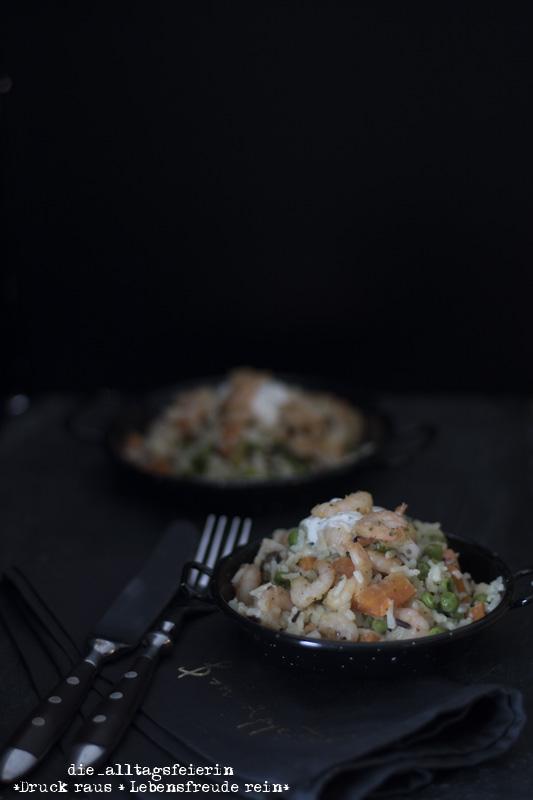 Kalifornische-Reis-Garnelen-Pfanne, Wochenplan, Speiseplan, Essensplan, Freebie, Garnelen, Reis, Wildreis, Möhren, Familienessen, Wochenplan, Speiseplan, Freebie, Essensplan, Essenplanung