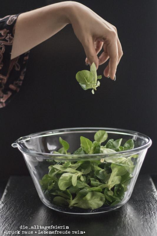 Rezept Salat Allerlei Mit Gerösteten Pinienkernen Und Honig Senf
