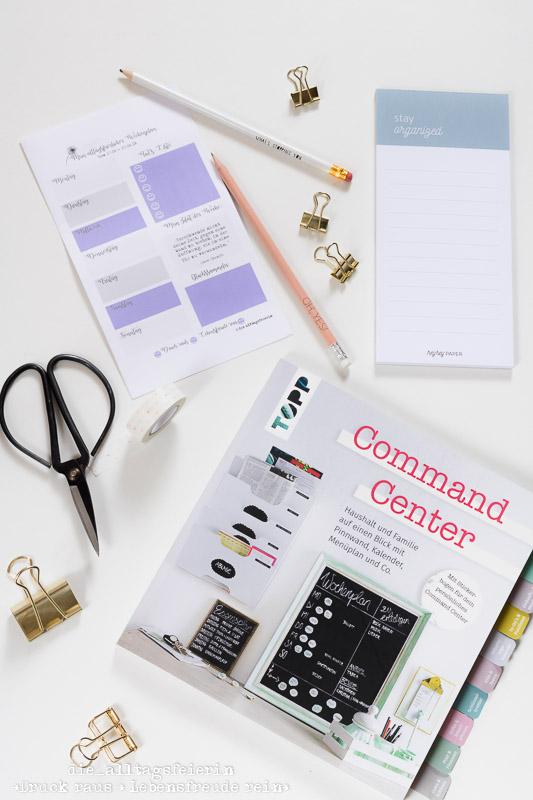 REZENSION / DIY  * Command Center *
