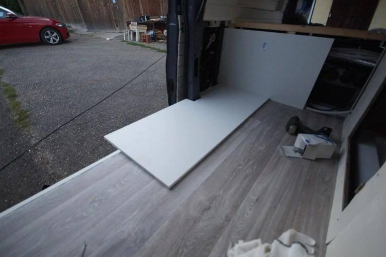 Anpassung der Grundplatte an den Camper