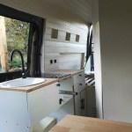 Unsere Küche in unserem Camper eingebaut