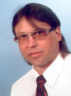 Andreas Diedrich lebe in München und betreibe meinen Blog als Produkt Promotor.